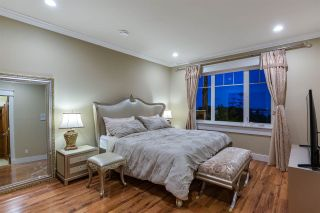 Photo 10: 1620 CHIPPENDALE Road in West Vancouver: Canterbury WV House for sale : MLS®# R2591594