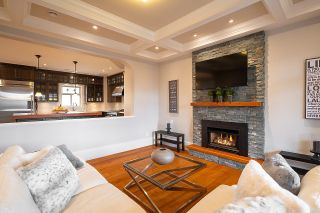 """Photo 7: 936 E 28TH Avenue in Vancouver: Fraser VE House for sale in """"FRASER"""" (Vancouver East)  : MLS®# R2624690"""