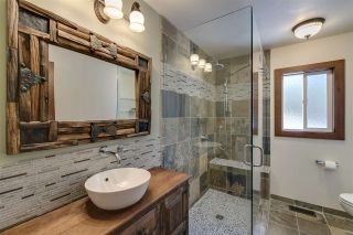 """Photo 8: 41852 GOVERNMENT Road in Squamish: Brackendale House for sale in """"Brackendale"""" : MLS®# R2368002"""
