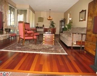 """Photo 2: 7018 PARKVIEW Place in Delta: Sunshine Hills Woods House for sale in """"SUNSHINE HILLS"""" (N. Delta)  : MLS®# F1002168"""