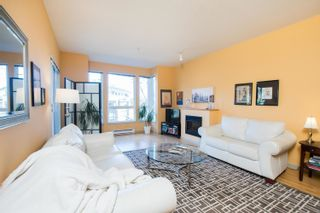 Photo 9: 203 14 E ROYAL Avenue in New Westminster: Fraserview NW Condo for sale : MLS®# R2618179