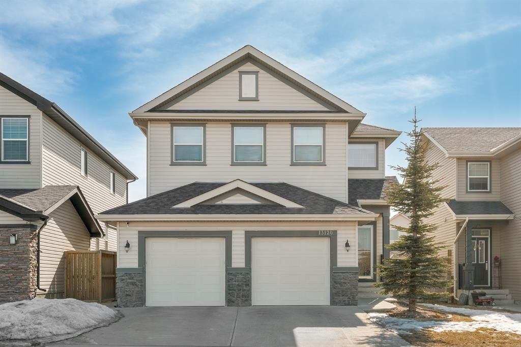 Main Photo: 13120 Coventry Hills Way NE in Calgary: Coventry Hills Detached for sale : MLS®# A1078726