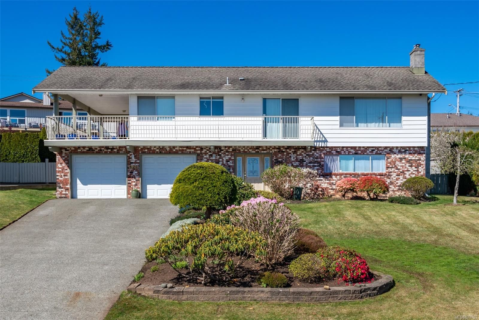 Main Photo: 620 Galerno Rd in : CR Campbell River Central House for sale (Campbell River)  : MLS®# 873753