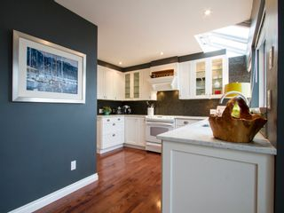 """Photo 15: 1592 ISLAND PARK Walk in Vancouver: False Creek Townhouse for sale in """"LAGOONS"""" (Vancouver West)  : MLS®# V1099043"""