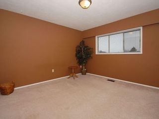 Photo 11: 3959 Marjean Pl in Victoria: Residential for sale : MLS®# 287191