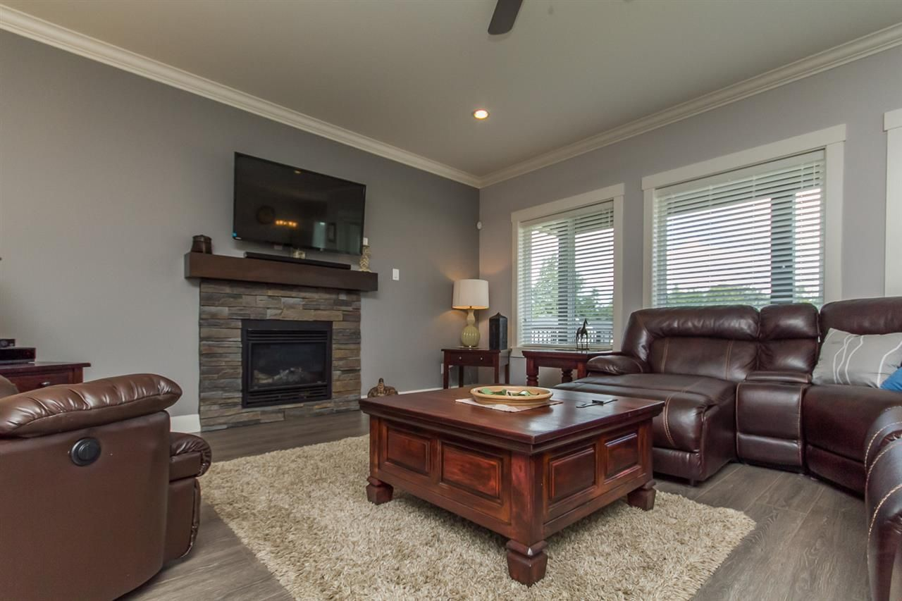 Photo 19: Photos: 33925 MCPHEE Place in Mission: Mission BC House for sale : MLS®# R2519119