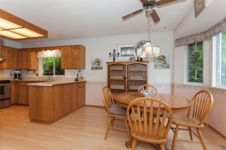"""Photo 10: 18589 62 Avenue in Surrey: Cloverdale BC House for sale in """"Eaglecrest"""" (Cloverdale)  : MLS®# R2208241"""