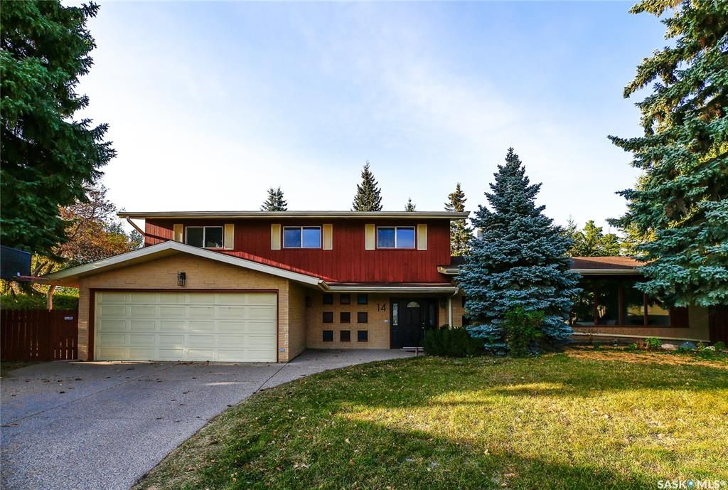 Main Photo: 14 Harrington Place in Saskatoon: West College Park Residential for sale : MLS®# SK873747