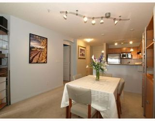 Photo 6: 111-333 East 1st Street in North Vancouver: Lower Lonsdale Condo for sale : MLS®# V762405