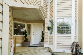 Photo 2: 106 9310 KING GEORGE Boulevard in Surrey: Bear Creek Green Timbers Townhouse for sale : MLS®# R2518153