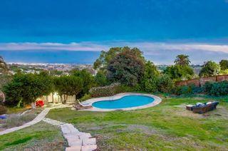 Photo 15: LA JOLLA House for sale : 5 bedrooms : 8051 La Jolla Scenic Dr North