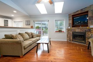 Photo 9: 452 NAISMITH Avenue: Harrison Hot Springs House for sale : MLS®# R2517364