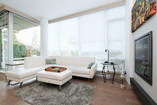 Photo 2: 105 200 Douglas St in VICTORIA: Vi James Bay Condo for sale (Victoria)  : MLS®# 832368