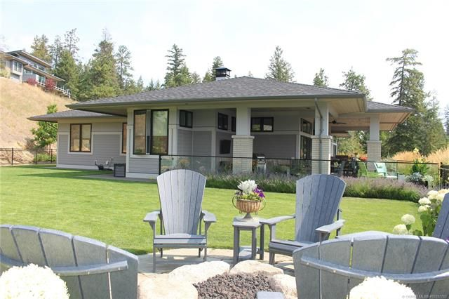 Main Photo: 689 Birdie Lake Place, in Vernon: House for sale : MLS®# 10197793