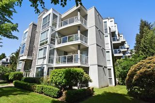 """Photo 22: 304 8450 JELLICOE Street in Vancouver: South Marine Condo for sale in """"Boardwalk"""" (Vancouver East)  : MLS®# R2615136"""