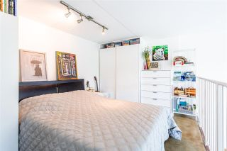 """Photo 6: 302 1 E CORDOVA Street in Vancouver: Downtown VE Condo for sale in """"CARRALL ST STATION"""" (Vancouver East)  : MLS®# R2502376"""