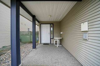 Photo 3: B 9425 BROADWAY Street in Chilliwack: Chilliwack E Young-Yale House for sale : MLS®# R2556478