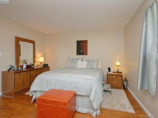 Photo 13: 3053 Chantel Pl in VICTORIA: Co Hatley Park House for sale (Colwood)  : MLS®# 766180