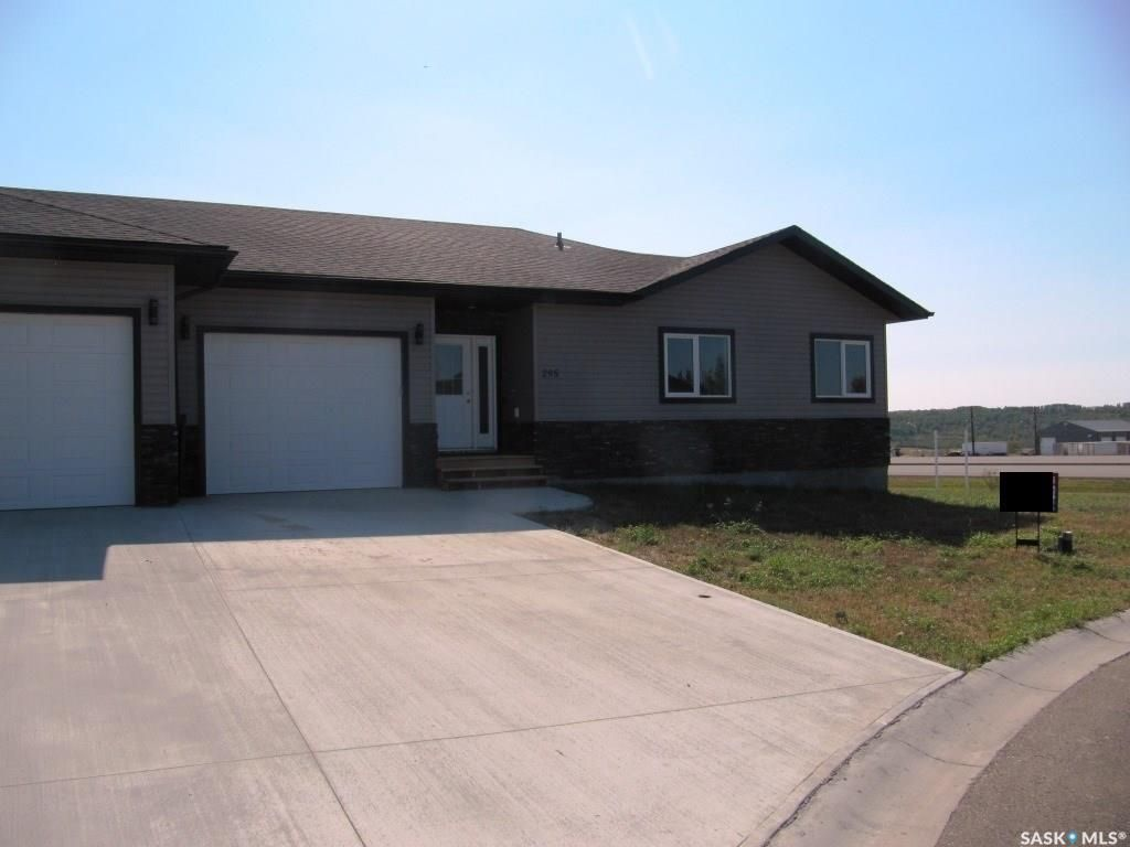 Main Photo: 295 15th Street in Battleford: Residential for sale : MLS®# SK859845