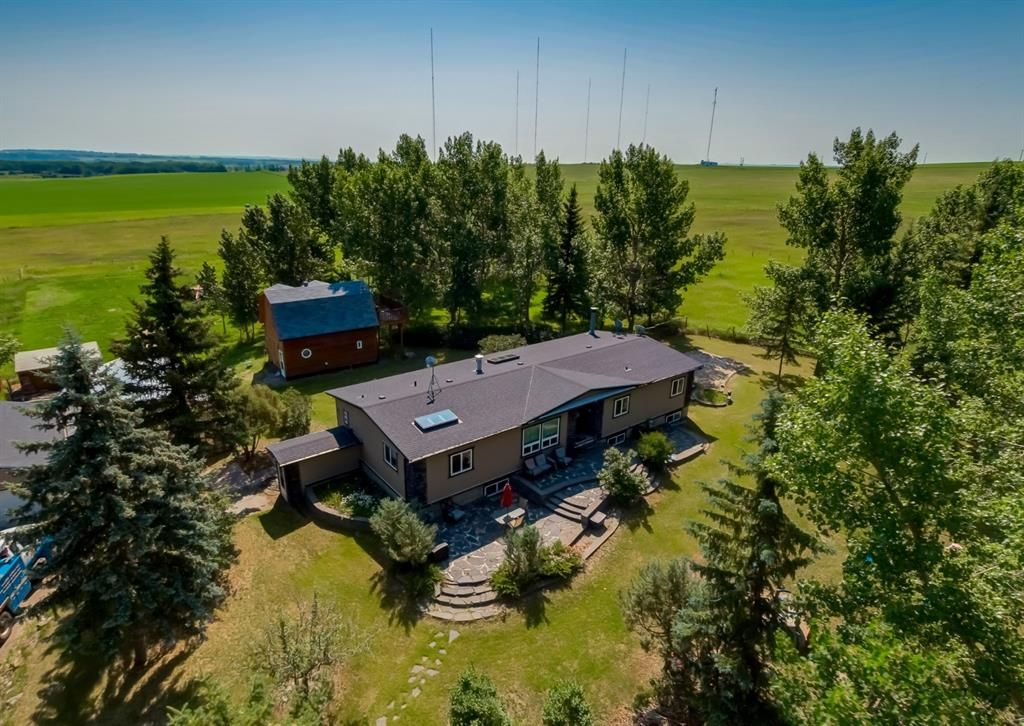 Main Photo: 306216 48 Street W: Rural Foothills County Detached for sale : MLS®# A1129603