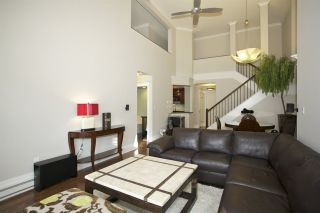 Photo 9: 405 1575 BEST STREET: White Rock Condo for sale (South Surrey White Rock)  : MLS®# R2032421