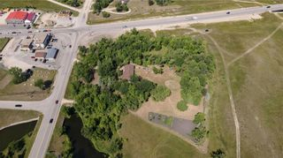 Photo 3: 1 PTH 44 Highway in Lockport: R02 Residential for sale : MLS®# 202120875