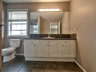 Photo 15: 305 Bayside Place SW: Airdrie Detached for sale : MLS®# A1116379