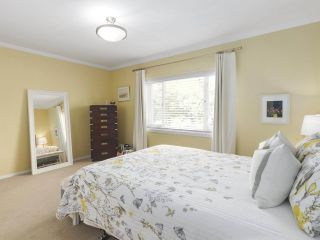 """Photo 15: 201 1595 W 14TH Avenue in Vancouver: Fairview VW Condo for sale in """"Windsor Apartments"""" (Vancouver West)  : MLS®# R2488513"""