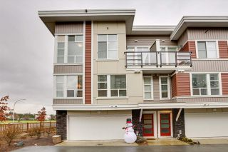 "Main Photo: 6 8466 MIDTOWN Way in Chilliwack: Chilliwack W Young-Well Townhouse for sale in ""MIDTOWN II"" : MLS®# R2524358"