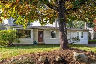 Photo 2: 2896 Apple Dr in : CR Willow Point House for sale (Campbell River)  : MLS®# 856899