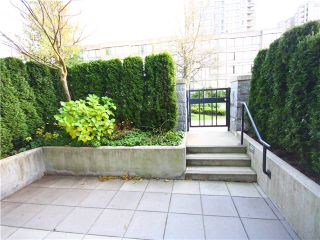 Photo 8: 5997 WALTER GAGE Road in Vancouver: University VW Condo for sale (Vancouver West)  : MLS®# V921502