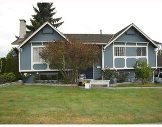 Photo 1: 5391 RAWLINS Crescent in Tsawwassen: Pebble Hill House for sale : MLS®# V671850
