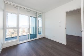 """Photo 7: 3307 4670 ASSEMBLY Way in Burnaby: Metrotown Condo for sale in """"Station Square"""" (Burnaby South)  : MLS®# R2426014"""