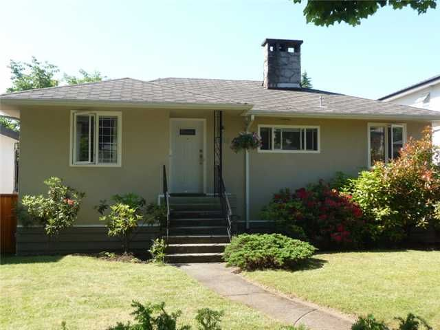 Main Photo: 3538 W 42ND Avenue in Vancouver: Southlands House for sale (Vancouver West)  : MLS®# V895527