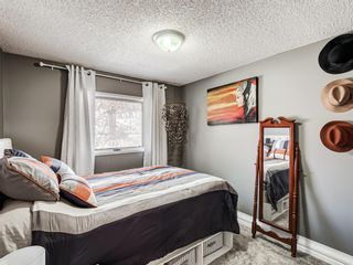 Photo 28: 71 Strathaven Circle SW in Calgary: Strathcona Park Detached for sale : MLS®# A1079924