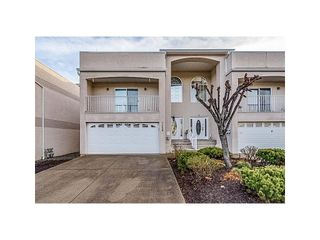 "Photo 1: 5 7450 HURON Street in Chilliwack: Sardis West Vedder Rd Townhouse for sale in ""LAS PALMAS"" (Sardis)  : MLS®# R2594336"