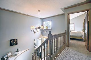 Photo 27: 824 Shawnee Drive SW in Calgary: Shawnee Slopes Detached for sale : MLS®# A1083825