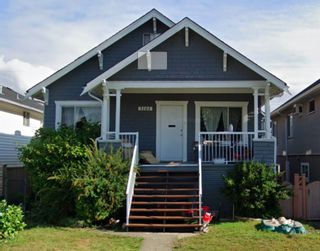 Photo 1: 3161 E GEORGIA Street in Vancouver: Renfrew VE House for sale (Vancouver East)  : MLS®# R2461460