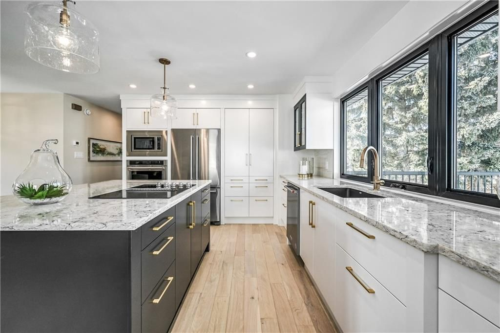 Photo 11: Photos: 5039 BULYEA Road NW in Calgary: Brentwood Detached for sale : MLS®# A1047047