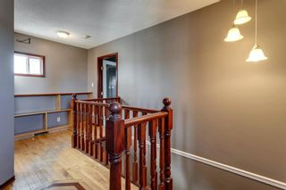 Photo 12: 56 Kentish Drive SW in Calgary: Kingsland Detached for sale : MLS®# A1078785