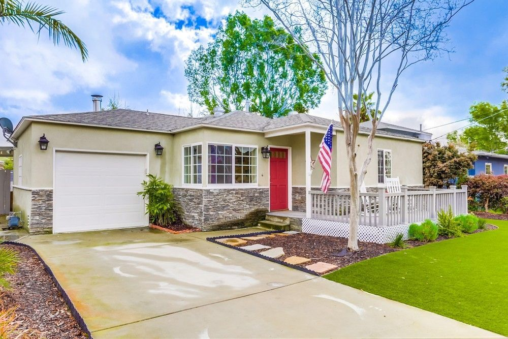 Main Photo: LA MESA House for sale : 3 bedrooms : 4461 LOWELL ST