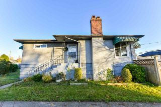 Photo 1: 7320 INVERNESS Street in Vancouver: South Vancouver House for sale (Vancouver East)  : MLS®# R2523929