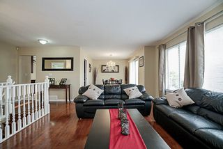 """Photo 3: 2425 GILLESPIE Street in Port Coquitlam: Riverwood House for sale in """"RIVERWOOD"""" : MLS®# R2194924"""