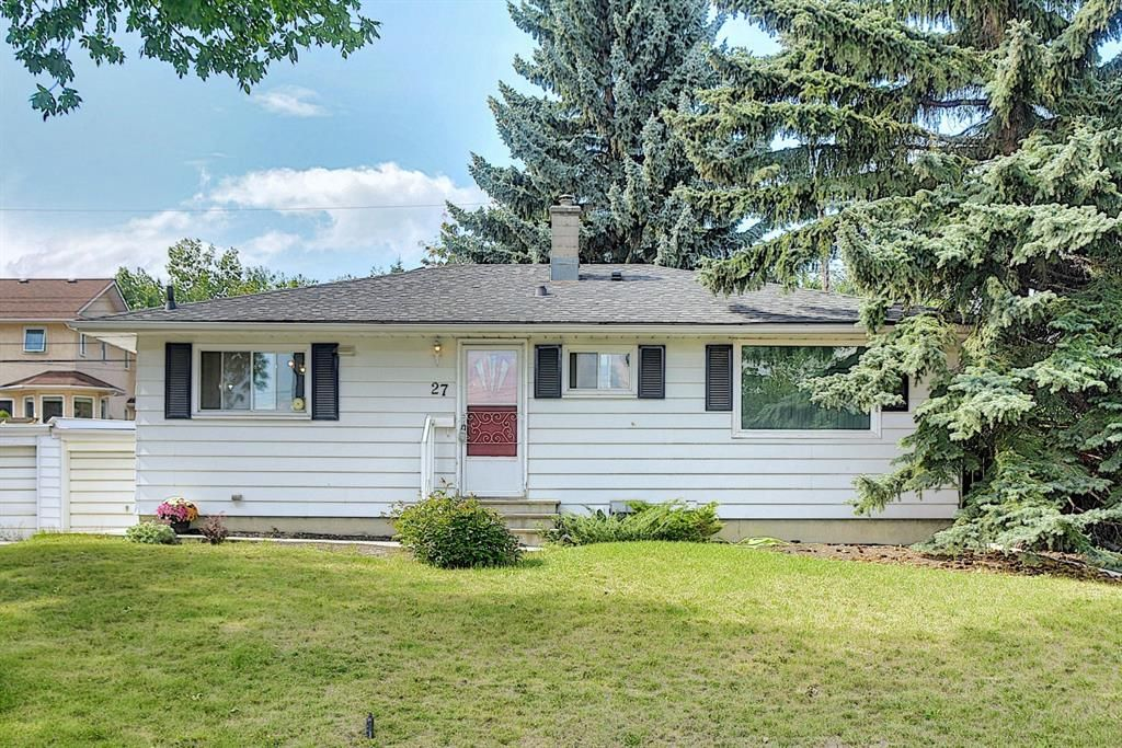 Main Photo: 27 Heston Street NW in Calgary: Highwood Detached for sale : MLS®# A1140212