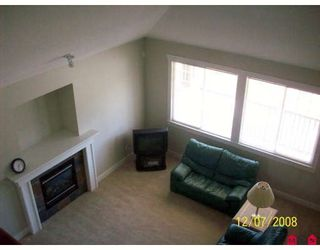 """Photo 4: 19237 69TH Avenue in Surrey: Clayton House for sale in """"CLAYTON VILLAGE"""" (Cloverdale)  : MLS®# F2821236"""