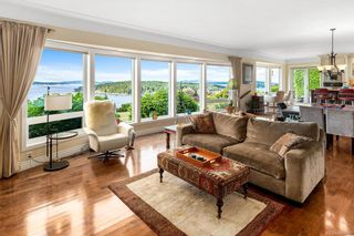Photo 1: 1555 Sylvan Pl in North Saanich: NS Lands End House for sale : MLS®# 841940