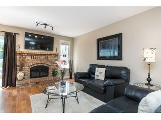 Photo 10: 15466 91A Avenue in Surrey: Fleetwood Tynehead House for sale : MLS®# R2389353