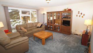 Photo 3: 10615 165 Avenue NW in Edmonton: Zone 27 House for sale : MLS®# E4264865