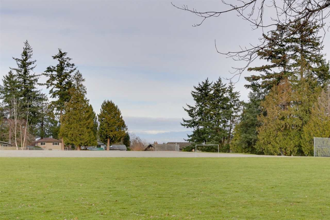 """Photo 4: Photos: 5314 2 Avenue in Delta: Pebble Hill House for sale in """"PEBBLE HILL"""" (Tsawwassen)  : MLS®# R2527757"""