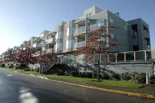 Main Photo: 108 8620 JONES ROAD in Richmond: Brighouse South Condo for sale ()  : MLS®# V587479